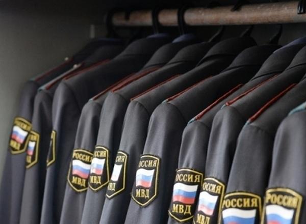 Полицейскую форму предлагают убрать из свободной продажи
