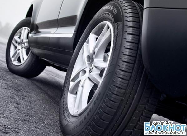 Водителей хотят наказывать штрафом в 2 000 рублей за езду на летних шинах зимой