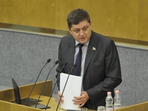 РЖД в Ростовской области сокращают электрички на 50%, а его топ-менеджеры получают по 5 млн руб в месяц. ВИДЕО