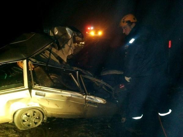 На трассе М-21 в Морозовском районе в ДТП погибли четыре человека