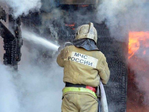 Как спичка вспыхнула многоквартирная пятиэтажка и в едком дыму задохнулся пожилой житель Ростова