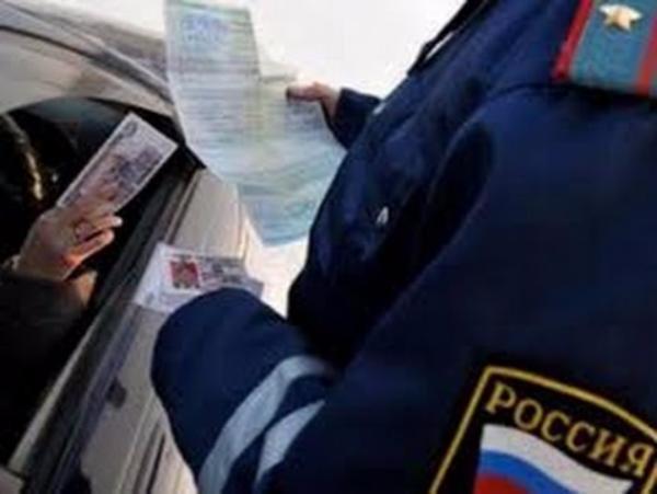ВРостове-на-Дону нетрезвый шофёр попался навзятке