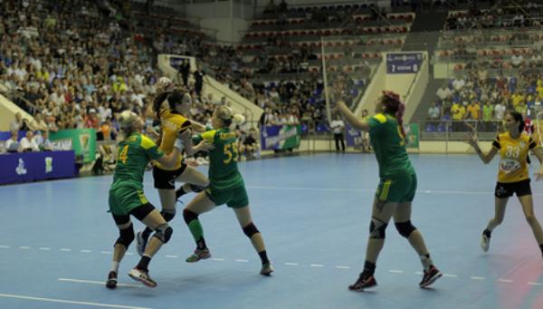 ВКраснодаре провели матч олимпийские чемпионки погандболу