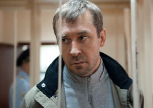 Полковник Захарченко обещает помогать следствию, однако вину непризнает