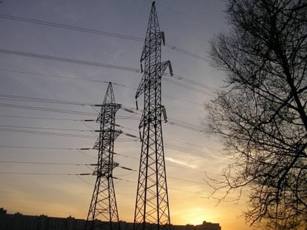 В Азовском районе из-за аварии без электроэнергии остались жители 15 населенных пунктов