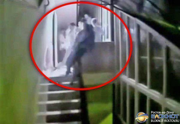 На Дону оправдан начальник колонии, выбросивший во время драки мужчину со второго этажа. Видео