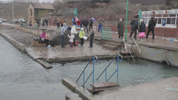 Ростовчане встретили Крещение традиционными купаниями