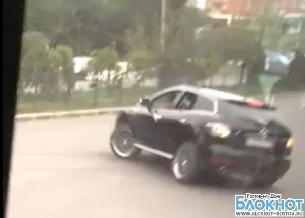 В Ростове один из водителей, устроивших гонки задом наперед во время свадьбы, попал под следствие
