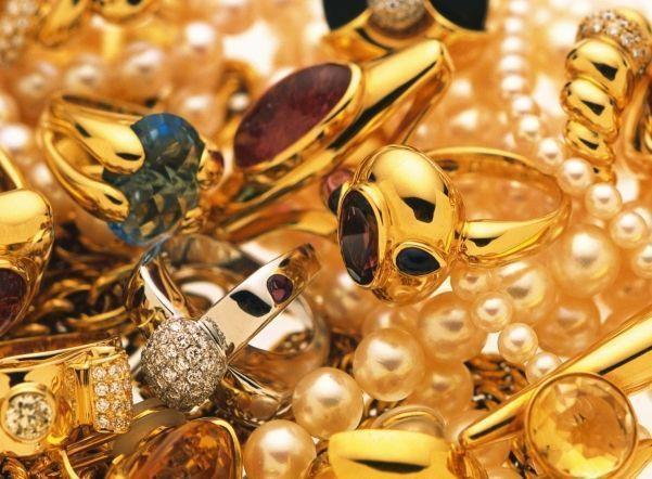 ВРостовской области ювелир присвоил золота на13 млн руб.