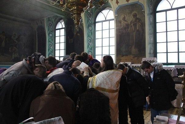 Баскетболистов ростовского «Атамана» благословили на победы