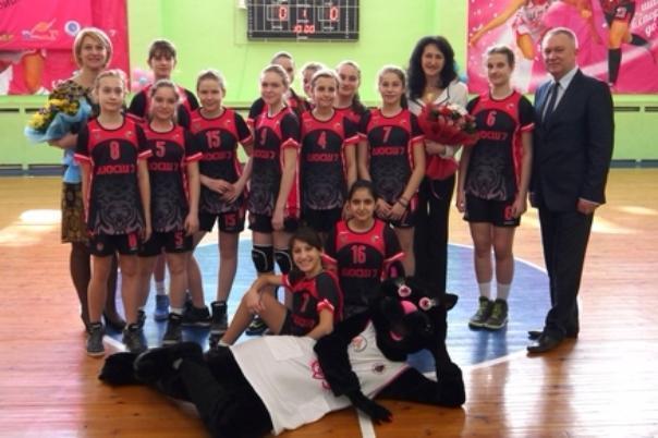 Ростовчанки взяли серебро во всероссийском баскетбольном турнире