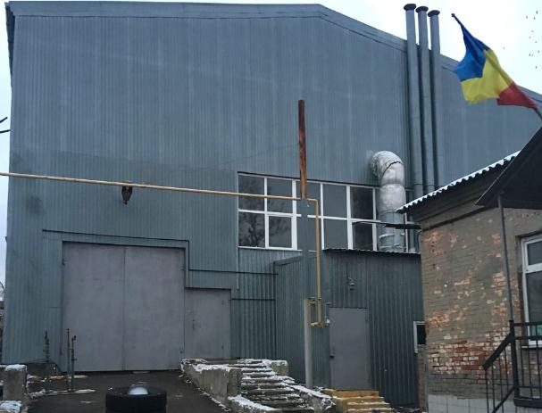 В готовящемся к чемпионату мира Ростове юных футболистов отправили тренироваться в холодный ангар без раздевалок
