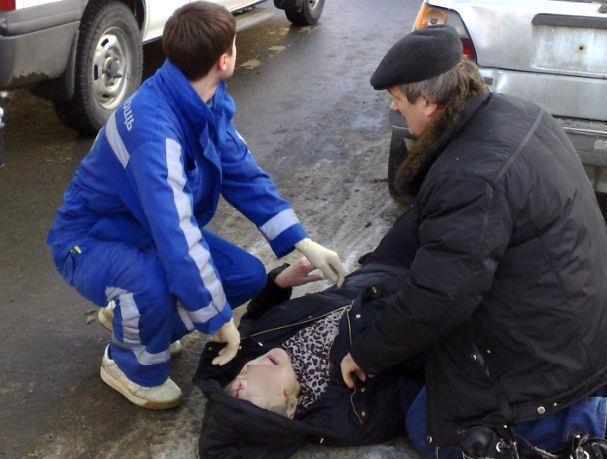 Автоледи наКоммунистическом вРостове устроила ДТП с 2-мя пострадавшими детьми