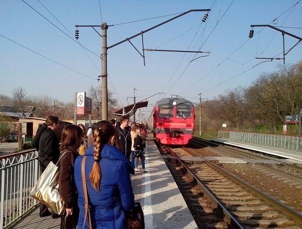 Расписание пятничной городской электрички Ростова изменено