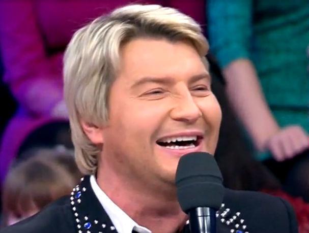 Смешную историю о своей необычной поклоннице из Ростова рассказал в эфире Первого канала Николай Басков