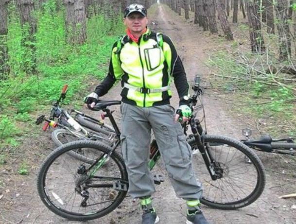 Разрывы селезенки и печени получил велосипедист из-за ямы в Ростове