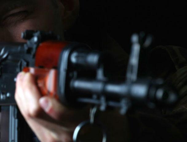 Шофёр устроил стрельбу прямо надороге