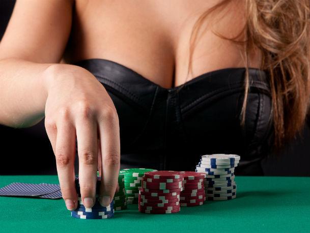 20-летняя ростовчанка организовала нелегальное казино