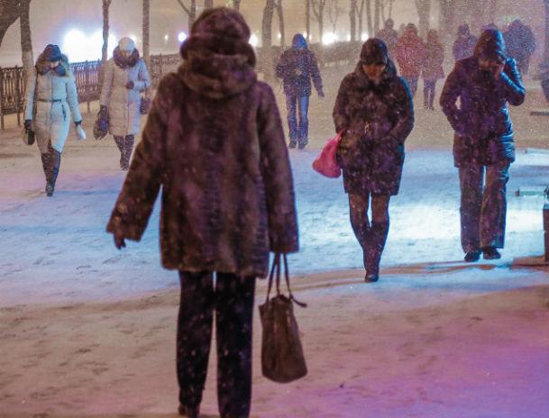 Наавтодороги Ростовской области распределено 2,3т противогололедных материалов