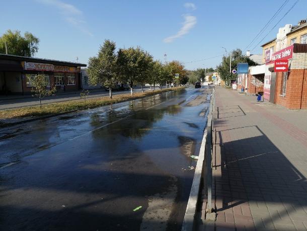 В Ростовской области город с горящей свалкой залило фекалиями