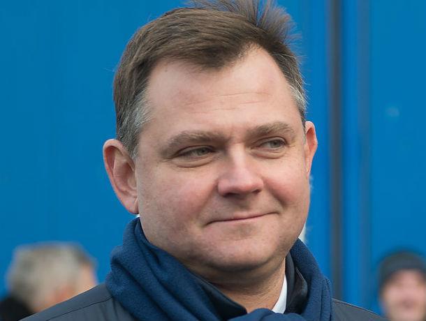 После аварии «Суперджета» в Шереметьево в телеграм-каналах заговорили о грядущей отставке главы «ОАК» Юрия Слюсаря