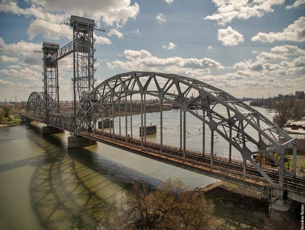 Железнодорожный мост в Ростове признали объектом культурного наследия