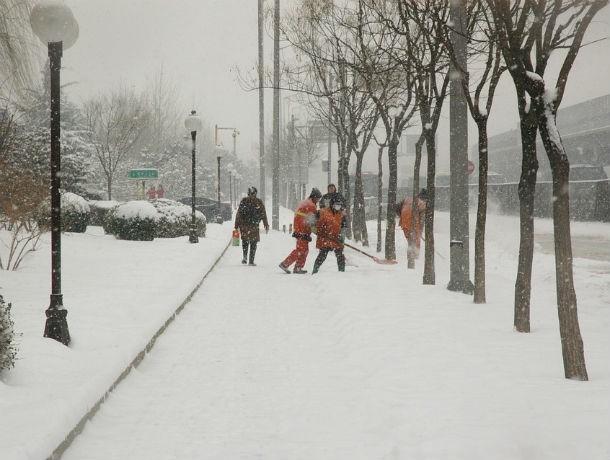 Дождь и мокрый снег: в Ростове становится опасно находиться на дорогах