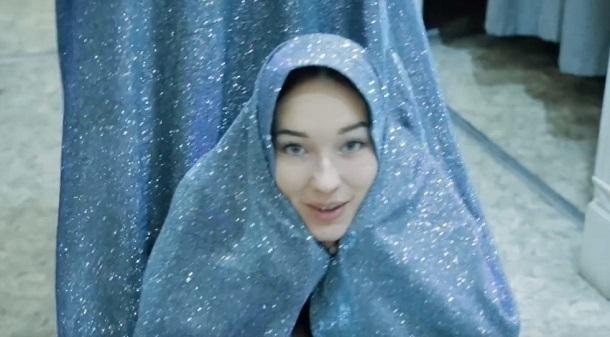 «Преображение продолжается»: какое платье достойно королевы?