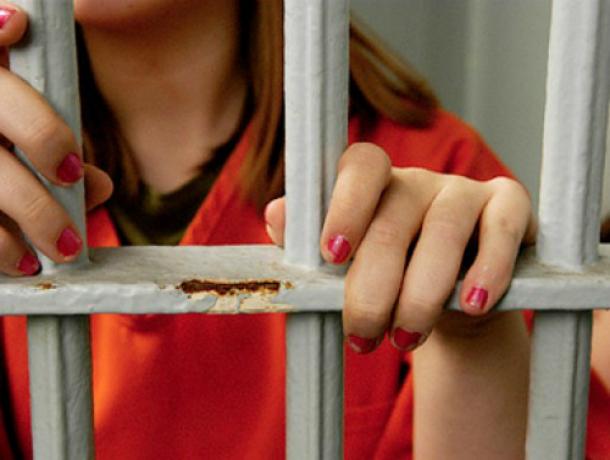 ВРостовской области 54-летняя женщина задушила 75-летнего друга