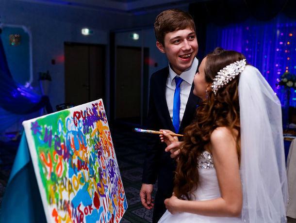 Когда краски оживают: самый необычный свадебный подарок – портретное шоу
