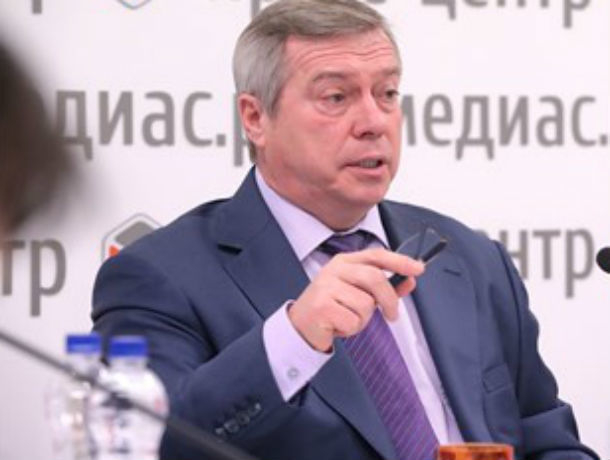 Губернатор предложил перенести авиаремонтный завод каэропорту Платов