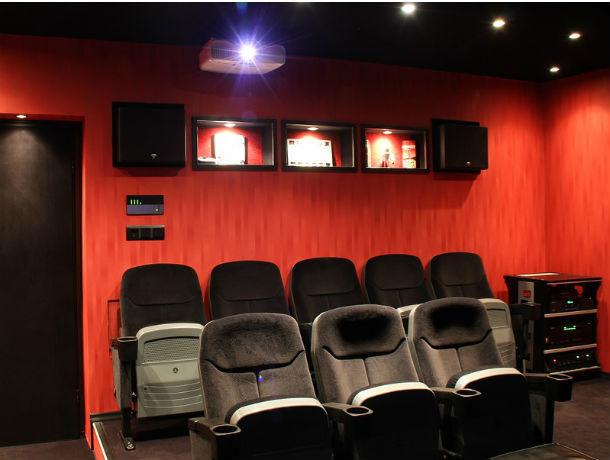 На сеанс в несуществующий кинотеатр пригласили доверчивого ростовчанина