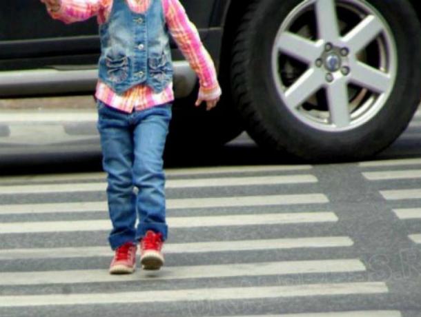 Молодой автолюбитель покалечил 9-летнего мальчика и 7-летнюю девочку на «зебре» в Ростовской области