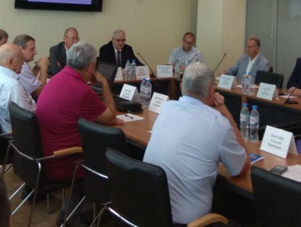 Чиновники в спешном порядке раздали за полгода десятки разрешений на застройку Ростова
