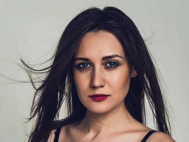 «Танцы заряжают меня позитивом»: Алина Месянжина участвует в конкурсе «Мисс Блокнот Ростов-2019»