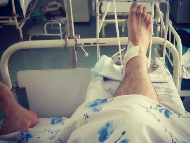 Молодой дембель получил сотрясение мозга, выпав из окна четвертого этажа в Ростовской области