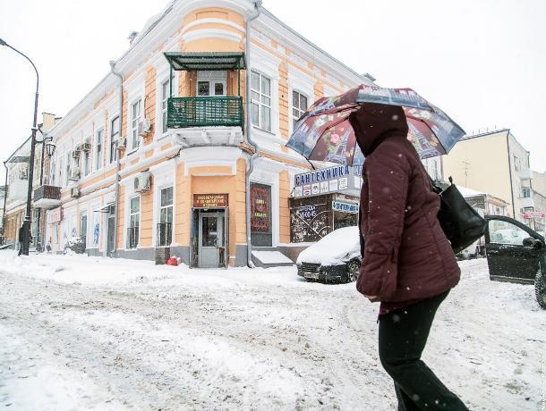 Власти Ростова решили отказаться от песка при уборке улиц зимой