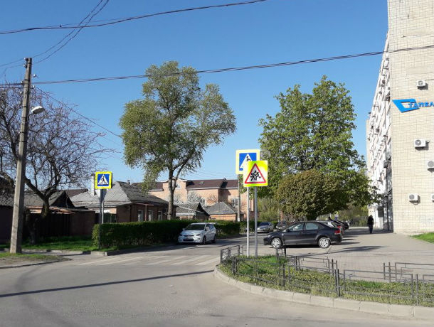 Излишне настойчивые напоминания о правилах дорожного движения рассмешили жителей Ростова