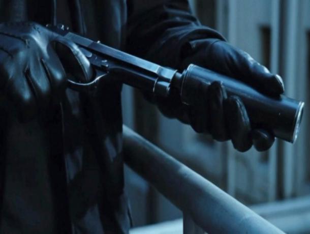 ВРостове строитель «заказал» своего директора киллеру, атот убил охранника