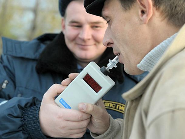 Депутаты предложили отбирать машины у автовладельцев-нарушителей Ростовской области