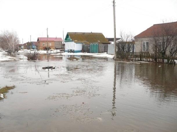 ВРостовской области из-за резкого потепления затопило 40 домов
