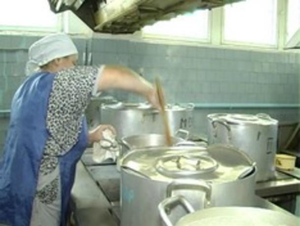ВРостовской области 41 ребенок отравился школьной пищей