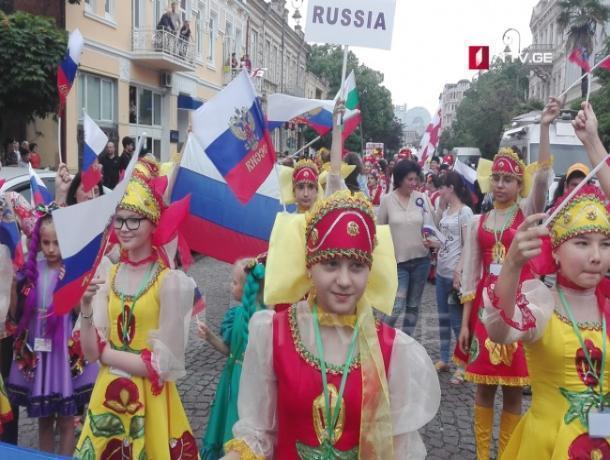 Детский хор из Ростова стал причиной увольнения министра в Грузии