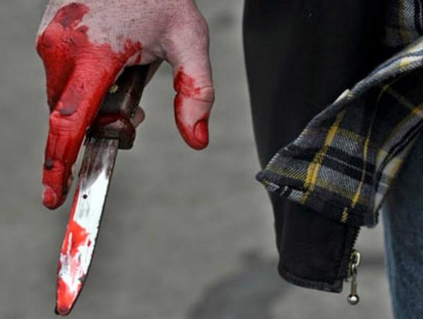 Пьяная дебоширка сразила сожителя острым ножом и сама вызвала полицию под Ростовом
