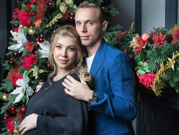 Футболист-миллионер Денис Глушаков подал иск на свою безработную жену Дарью в Ростовской области