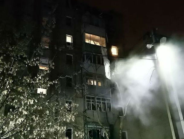 Ростовские спасатели извлекли из-под обломков многоквартирного дома тело погибшего жителя Шахт