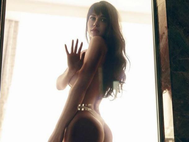 Сексуальная ростовчанка Мария Лиман предстала перед поклонниками после вечернего душа