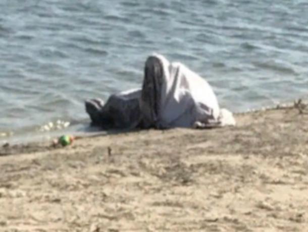 Труп мужчины вытащили из воды аквалангисты на базе отдыха под Ростовом