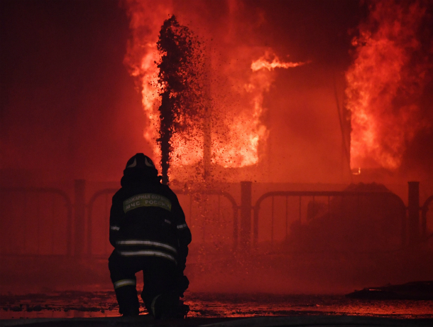 Жадные конкуренты спалили «самый лучший» магазин игрушек под Ростовом