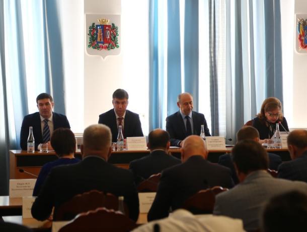 Выборы без выбора: кандидаты на пост сити-менеджера Ростова рассказали о своих программах